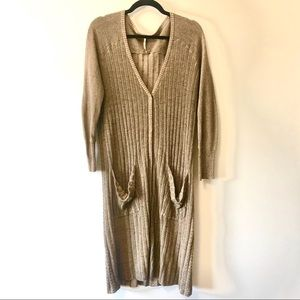 Free People Long Cardigan with Snap Closure szS